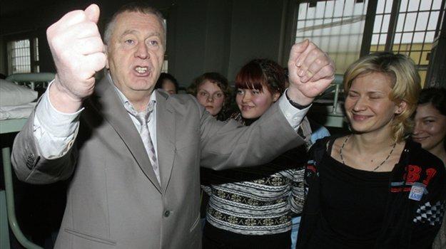 Vladimirs Zhirinovskis izcils... Autors: Fosilija 10 slaveni komikji!