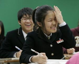 Skolās katra diena sākas ar to... Autors: Spocenite Ziemeļkoreja. Šokējoši fakti! (Papildināts-nemieri)