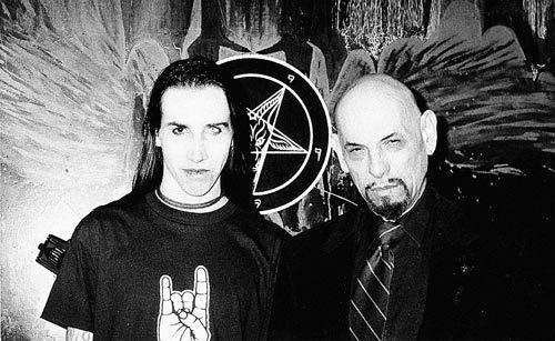 Anton LaVey and Marilyn Manson Autors: dzeimsons Slavenību Gigapaka