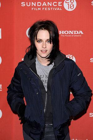 3837 Kristena Stjuarte 16... Autors: BLACK HEART Top Hollywood Earners of 2009...