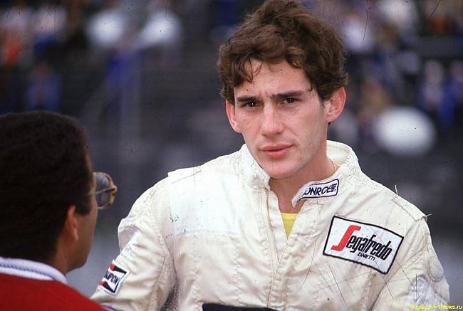 Autors: kartonz Airtons Senna - 50