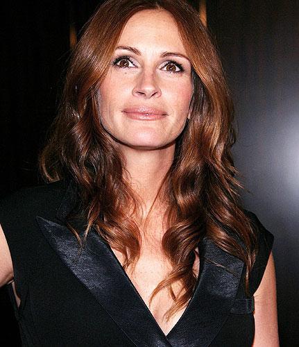 7 Vieta Džūlija Robertsa 42... Autors: MEGRUBI Vanityfair apbalvo top 10 labākās aktrises 2010