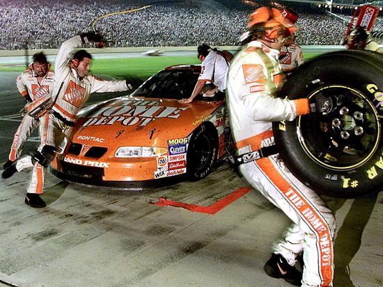 Boksu ātrā maiņa Autors: Persona NASCAR automašīnu uzbūve