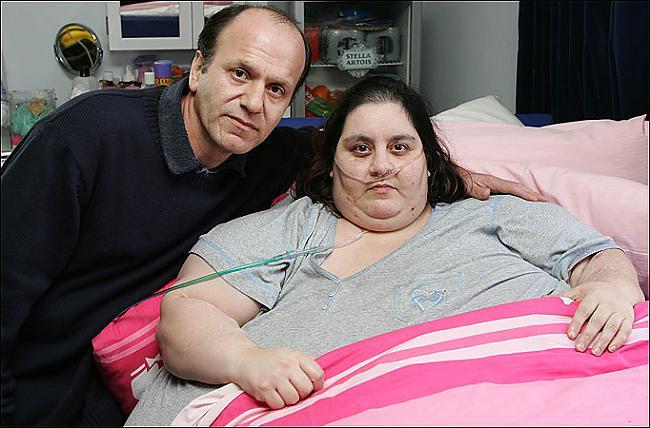 Ar vīru Autors: Mētra Mirusi Lielbritānijas smagākā sieviete.