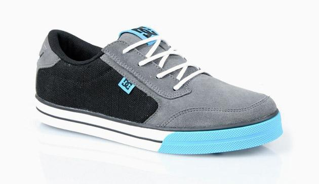 Limited Sneakers Autors: Zuppa Dc