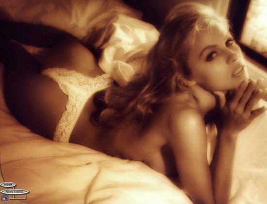 Autors: Paparazijs Jaunā Pamela Andersone