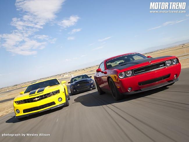 Autors: Speed Camaro vs Challenger vs Shelby