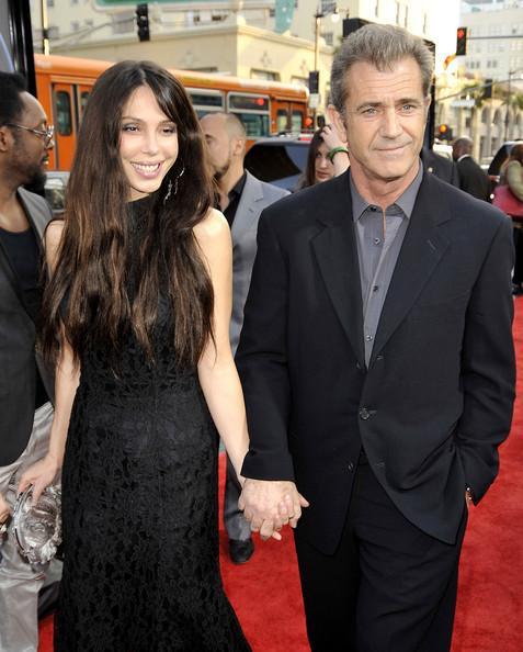 Mel Gibson un Oksana... Autors: princeSS /Kuras slavenības 2010 gadā izšķīrušās?/