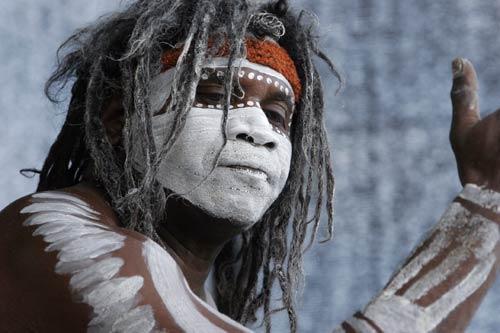 Austrālijas iezemiešiem ādas... Autors: Sabana Australoīdu rase