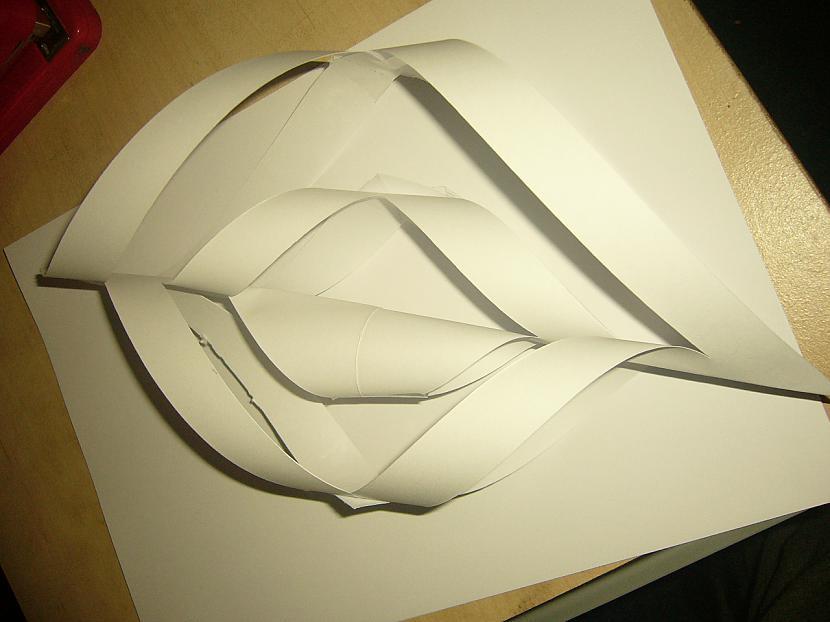 Tā turpina līdz visas līnijas... Autors: Yehet Papīra sniegpārsliņas :)