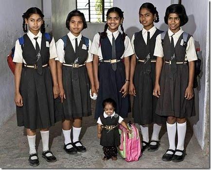 Mazākā meitene pasaulē un... Autors: PRESS Pasaules mazākās...