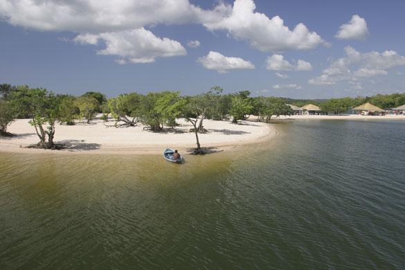 Amazones pludmale atrodas... Autors: PRESS Bīstamākās pludmales pasaulē.