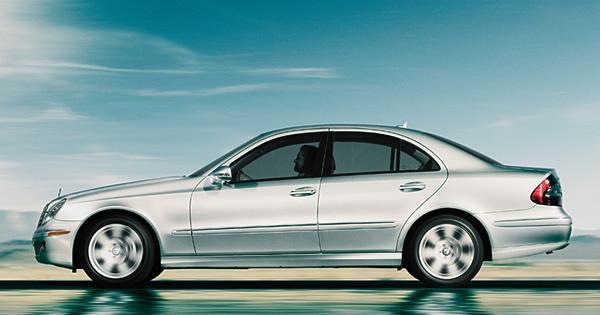 8 VIETA MercedesBenz E550... Autors: MONTANNA Top 10 labākās ziemas mašīnas