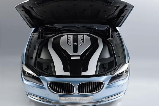 Autors: Speed BMW jaunās 7.sērijas hibrīda koncepts