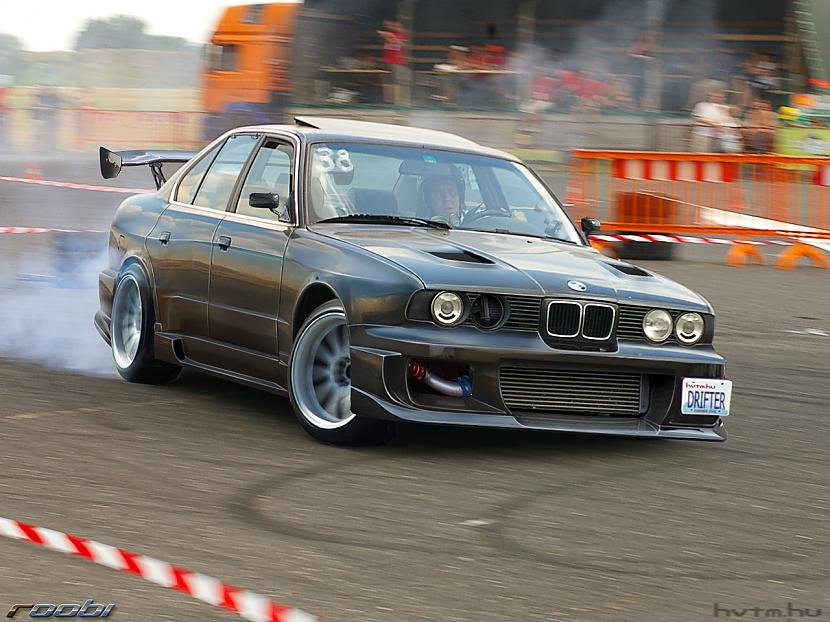 Autors: bushy BMW e34. mana mīļāka mašīna !!!