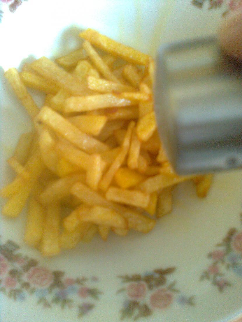 uzberam saali un edam nost  Autors: Baarts1 Kaa uztaisiit frii kartupellus