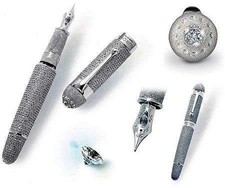 Pasaules dārgākā pildspalva ir... Autors: ellah Pasaules dārgākais