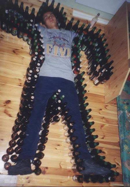 Autors: MJ 12 veidi kā izjokot piedzērušos draugus!!