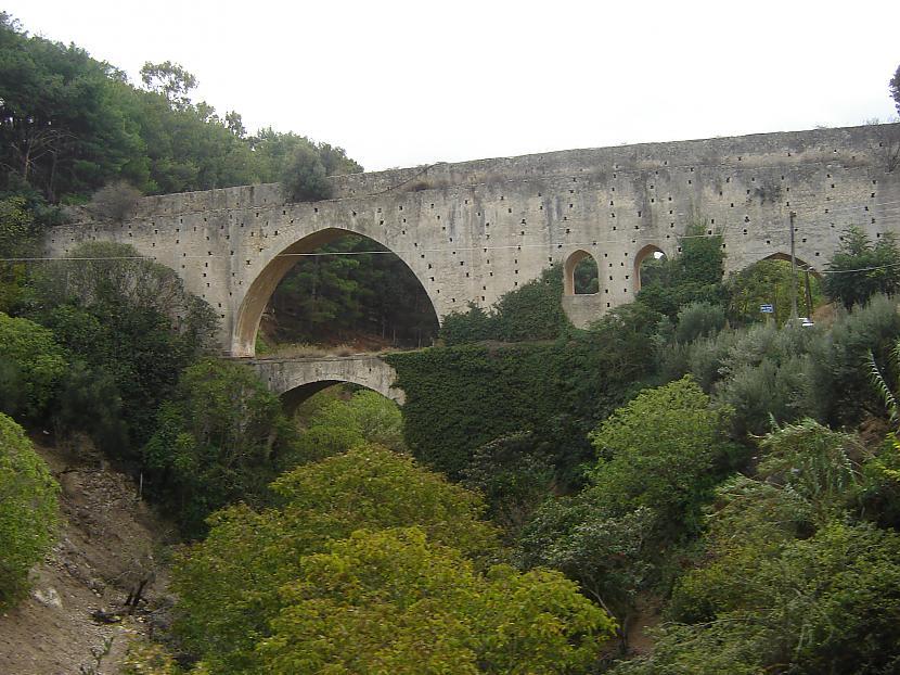 Un kā ar šāda tilta šķēršošanu Autors: aikara Pārsteidzošie ceļi 2