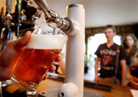 Alus glābj uz paģirām Autors: Herby 26 fakti, kapēc alus ir labāks par meitenēm