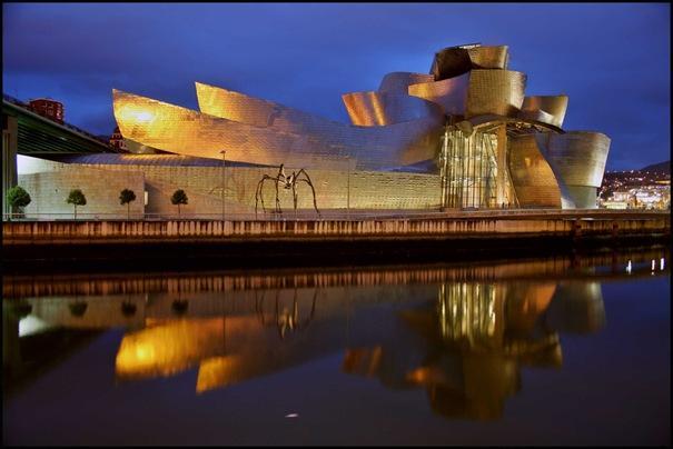 Guggenheim muzejs  atrodas... Autors: battery Interesantākās ēkas pasaulē.