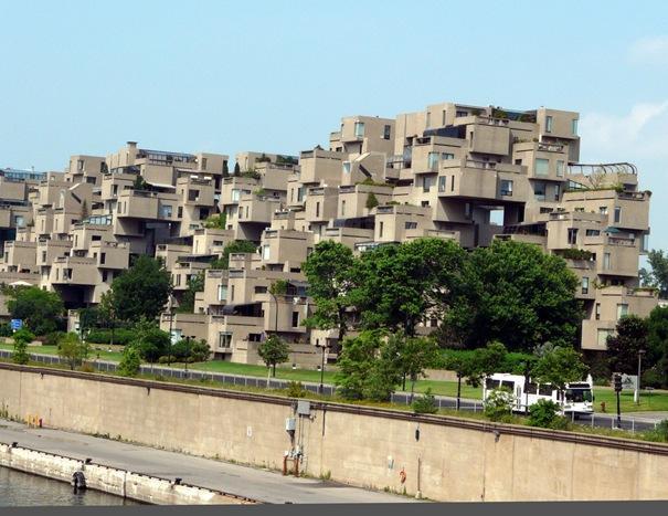 67 mājokļi  Atrodas Monstrīlā... Autors: battery Interesantākās ēkas pasaulē.