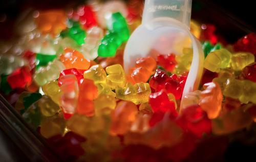 gummy bēār Autors: TeddyBear16 Īsts draugs ir tas,kura klātbūtnē varu domāt skaļi.