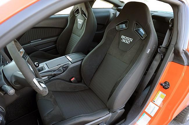 Iekšēji 2012 Boss 302 nevarētu... Autors: LauraBē Ford Mustang Boss 302
