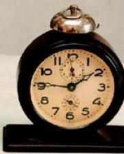 Pulkstenis ar signālu radās... Autors: RedBob Pulksteņu evolūcija