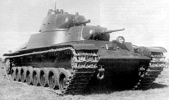 Krievu T100 Autors: Bucitis1 2.P.K vācu un krievu tanku salīdzinājums (3.daļa)