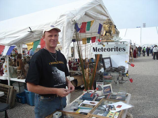 Kādreiz meteorītus tirgoja par... Autors: EpicHamster Meteorīti - fakti par visu 1. daļa