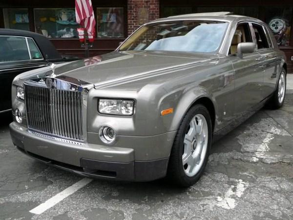 RollsRoyce Phantom Autors: Smaidīgais Nepārspējamās Mašīnas