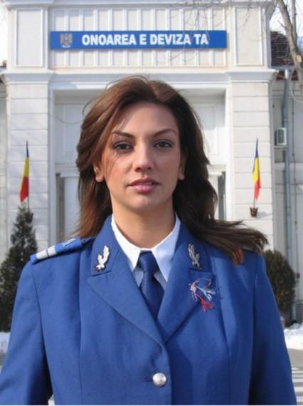 """Rumānija Autors: Y U NEVER """"Vājais Dzimums"""""""