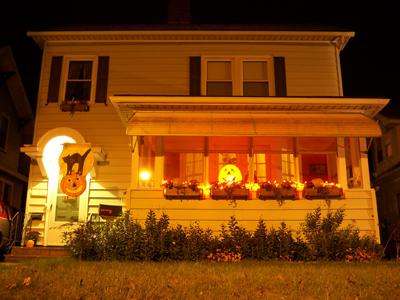 Izdekorēt mājunbspnav obligāti... Autors: islam Idejas Helovīna dienas svinību plānam