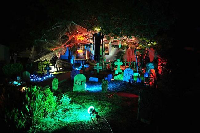 Helovīns ir cēlies no Ķeltu... Autors: quencher Ļoti kreatīvas Helovīnu māju dekorācijas