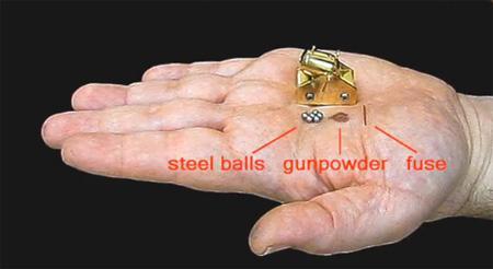 LoksIzgatavots no sudraba un... Autors: Lācis777 Miniatūri ieroči