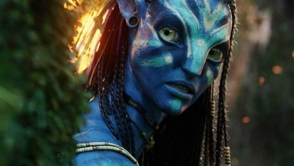 Zoe Saldana  Neytiri in Avatar Autors: Fosilija Aiz maskām.