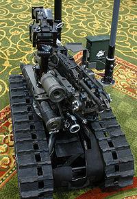 Militārie roboti ir... Autors: Fosilija Roboti!