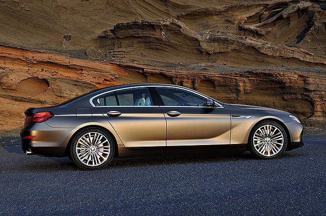 Sēdekļi trīs variantos   Jau... Autors: TheSaint Jaunais BMW 6.sērijas Gran Coupe.