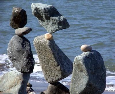Autors: Rolix322 Neiespējamā līdzsvara maģija