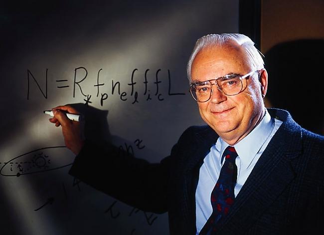 Astronoms profesors Frenks... Autors: Mr Cappuccino Ārpuszemes civilizāciju statistika