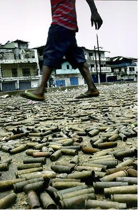 Lībērijas karscaron 1989 līdz... Autors: rozine7 Šokējošu pasaules notikumu foto un stāsti! pacelts.