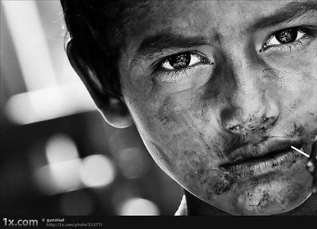 Dzīve sit sāpīgiSākumā es... Autors: Fosilija sadness