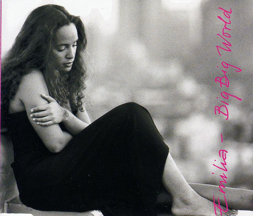 EMILIA Si meitene dzimusi... Autors: grauzejs Vecie labie aizmirstie....