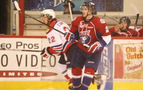 Tāpat viņam ir brālis Dans... Autors: Hokeja Blogs Dions Fanefs