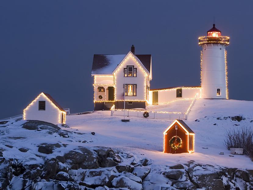 Mirdz tālas zvaigznes debesīs... Autors: cezijscs Jautri dzejolīši + ziemassvētku attēli