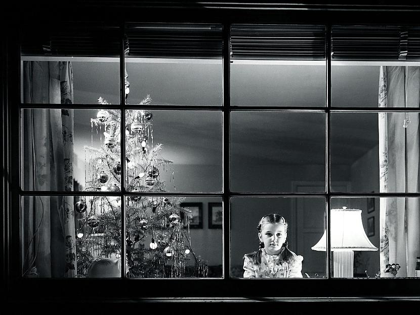 Salatēvs ar maisu lielu Čāpo... Autors: cezijscs Jautri dzejolīši + ziemassvētku attēli