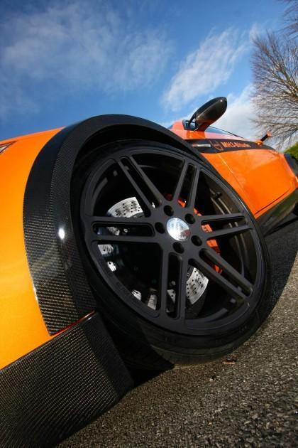 Tāpat no BMW X6 M aizgūta arī... Autors: Fosilija 'Manhart' pārveidotais 'BMW M3' ar