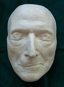 Kristiešu teologs Džons... Autors: Citizen Cope Nāves maskas