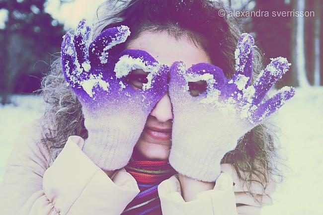Autors: iloveapplecake Winter snow story!`